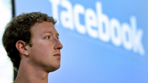 История Facebook за 2 минуты с момента IPO